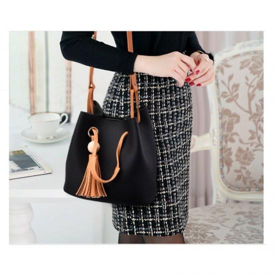 Women Fashion Wild Shoulder Messenger Handbag-Black image