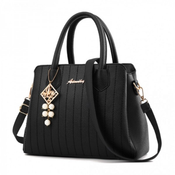 Black Colored Latest Trending Simple Big Capacity Handbag image