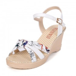 White Colored Summer Thick-soled high-heeled Sweet Printed Buckle Sandals