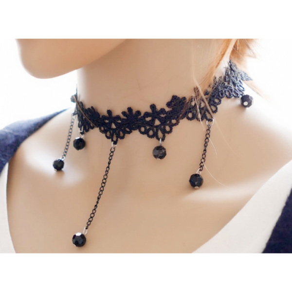 Retro Lace and Water Droplets Women Fashion Black Necklace image