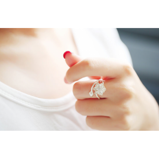Woman Fashion Lotus Fresh Flower Ring-Silver image