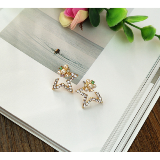 Woman Fashion Gold Star Style Luxury Diamond Earrings image