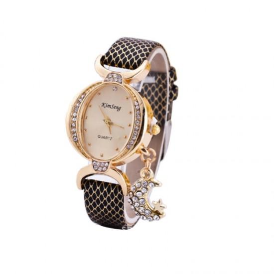 Trendy Fashion Oval Shaped Leather Bracelet Moon Star Black Watch image