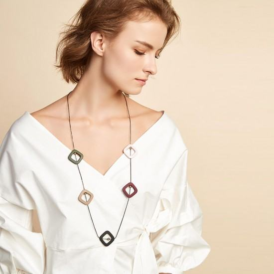 Female Geometric Wood Candy New Fashion Necklace-Multi image