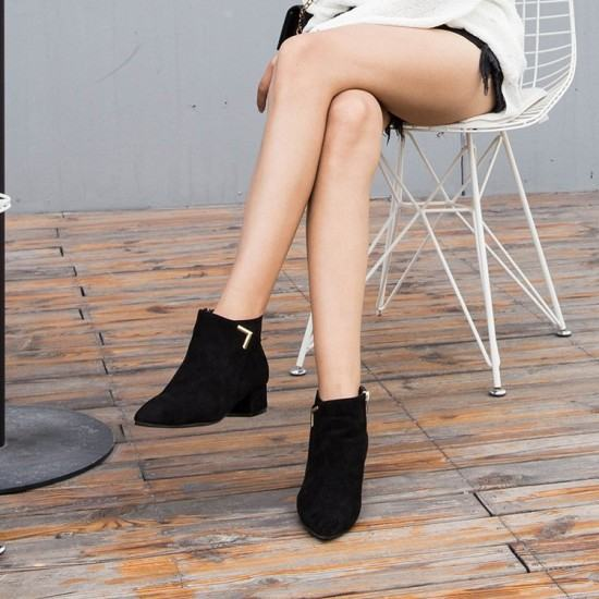 Latest Fashion Leather Zipper Matt Chelsea Boots-Black image
