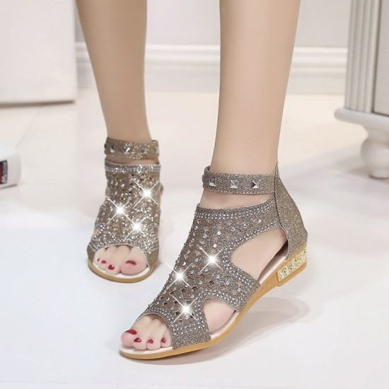 Roman Fashion Rhinestones Flat Sandals-Light Grey image
