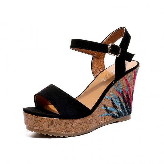 Flower Decorated Wedge Sandals For Women-Black image