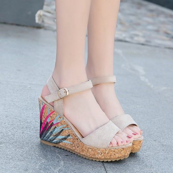 Flower Decorated Wedge Sandals For Women-Grey image