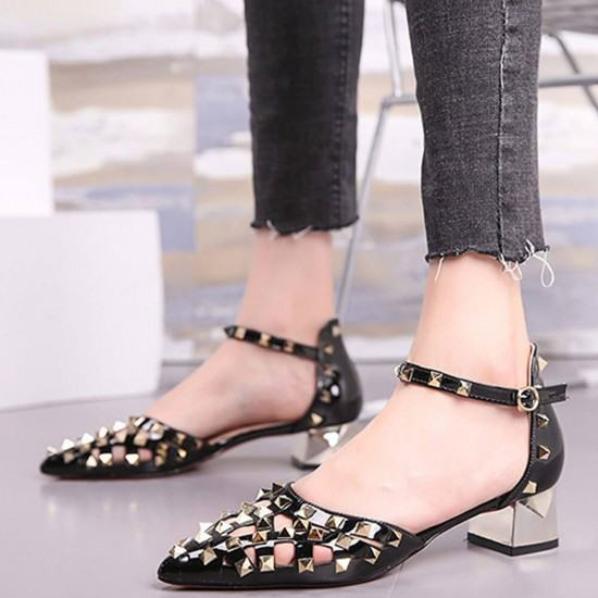 New Style Pointed Hollow Word Buckle Rivet Heels Sandals-Black image