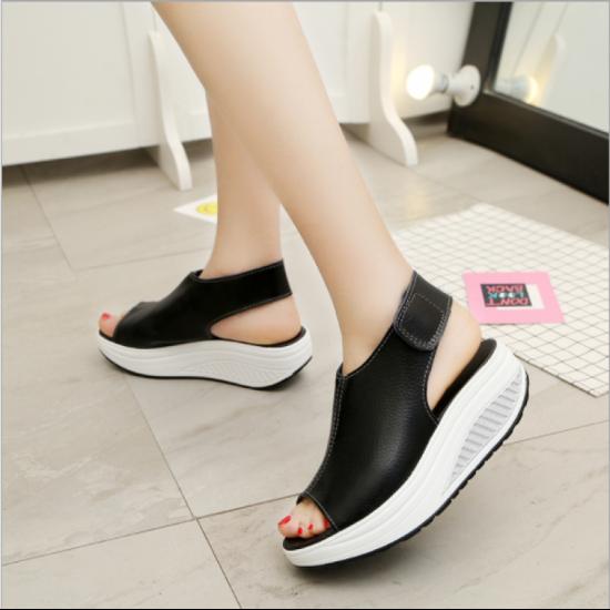 Women Light Weight High Heel Leather Sandals-Black image