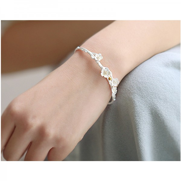 Silver Color Flower Modelling Crystal Korean Fashion Handmade Bracelet For Women image